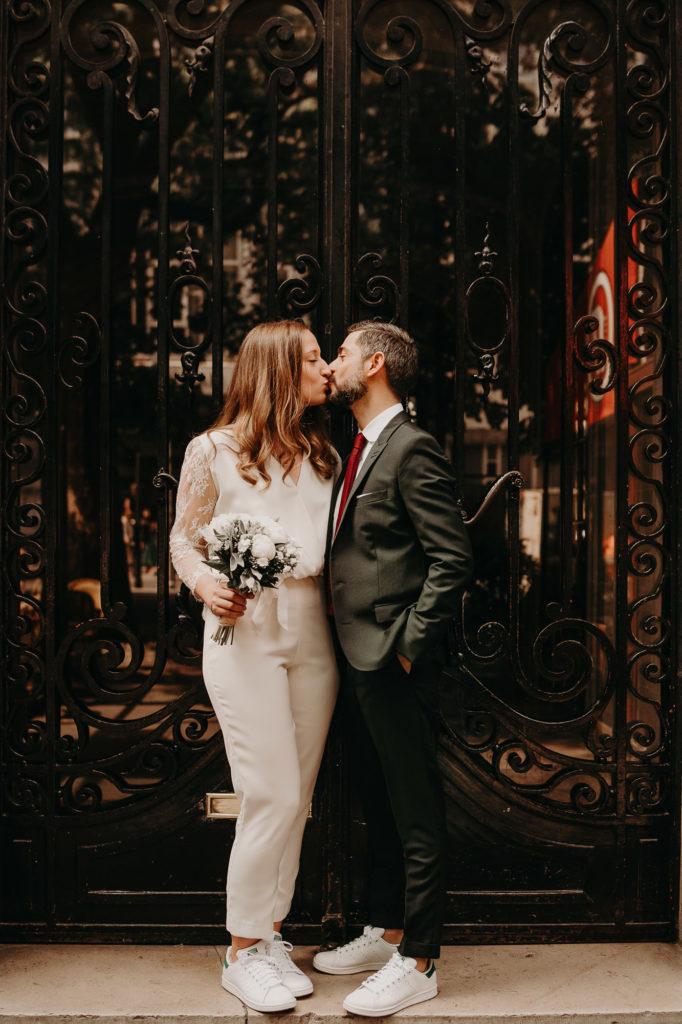 photographe mariage paris laurene and the wolf 165 682x1024 - 10 idées pour des photos de mariage cool et stylées