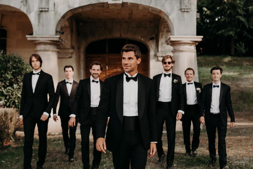 Mariage chateau de bouffémont wedding paris France french castle groom