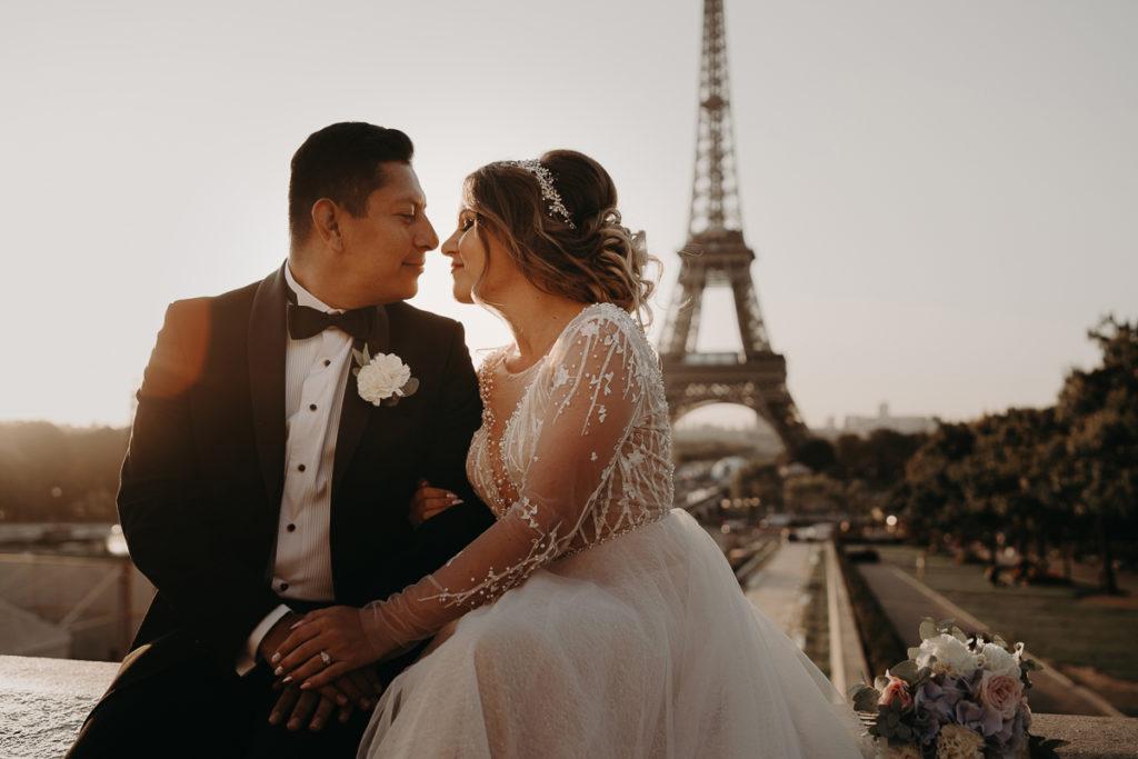 Elopement Wedding in Paris Tour Eiffel trocadero