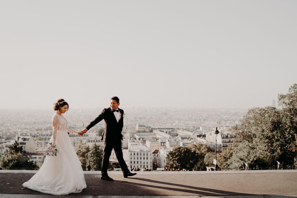 Elopement Wedding in Paris Tour Eiffel Basilique Sacré Coeur Montmartre view roof