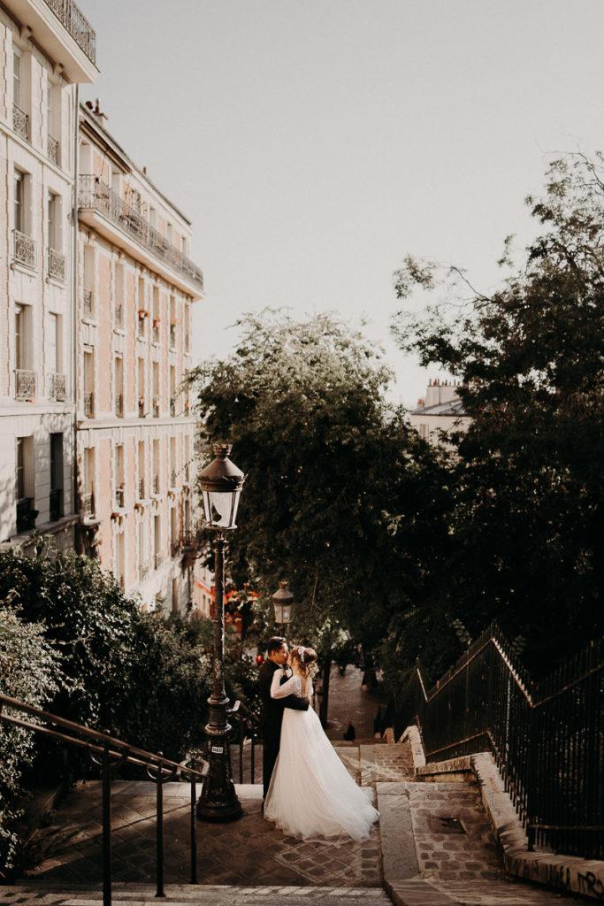LaureneAndTheWolf montmartre tour eiffel Paris 48 2 683x1024 - Elopement à Paris - shooting Tour Eiffel, Montmartre, FR