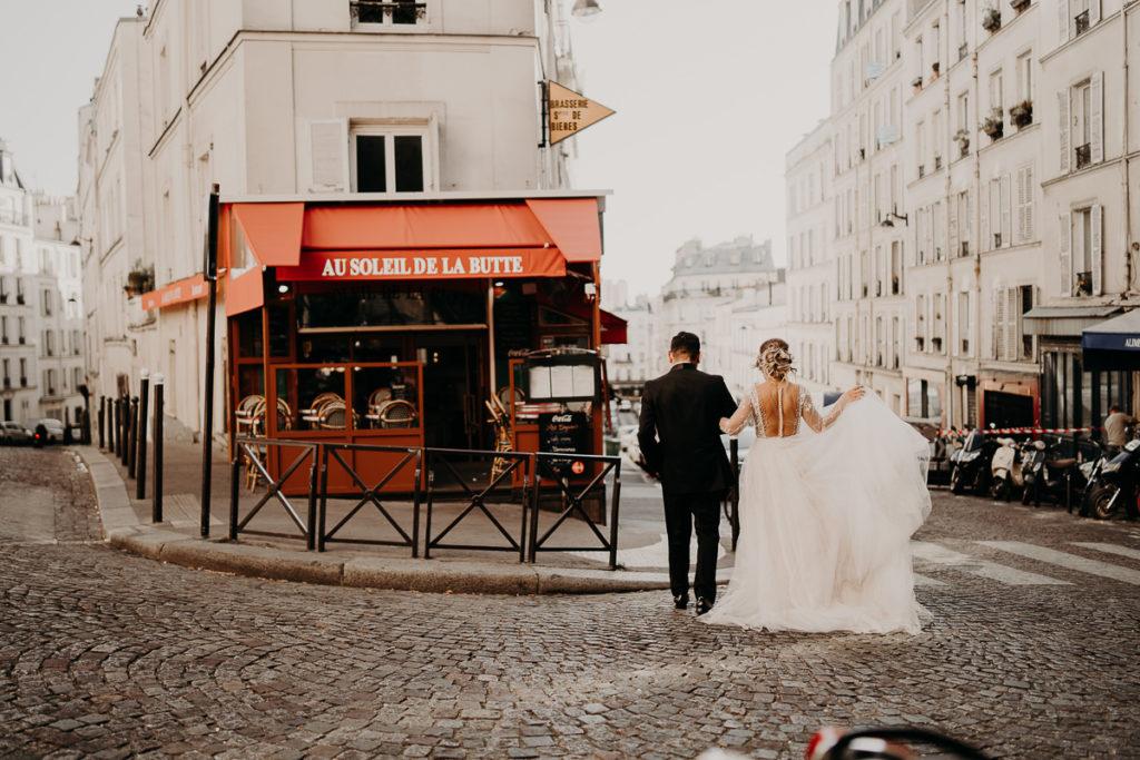 Elopement Wedding in Paris Tour Eiffel Basilique Sacré Coeur Montmartre