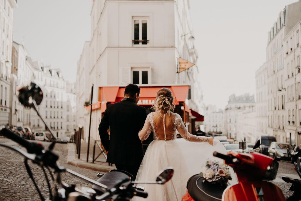 LaureneAndTheWolf montmartre tour eiffel Paris 55 1 1024x683 - Elopement à Paris - shooting Tour Eiffel, Montmartre, FR