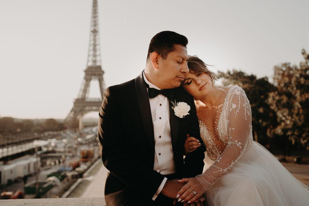 Elopement Wedding in Paris Tour Eiffel