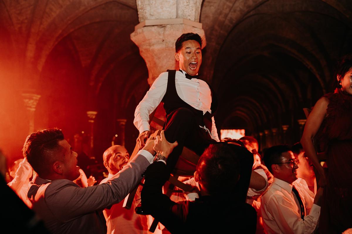 laurene and the wolf abbaye des vaux de cernay 150 - Top 10 des plus beaux lieux pour votre mariage en France