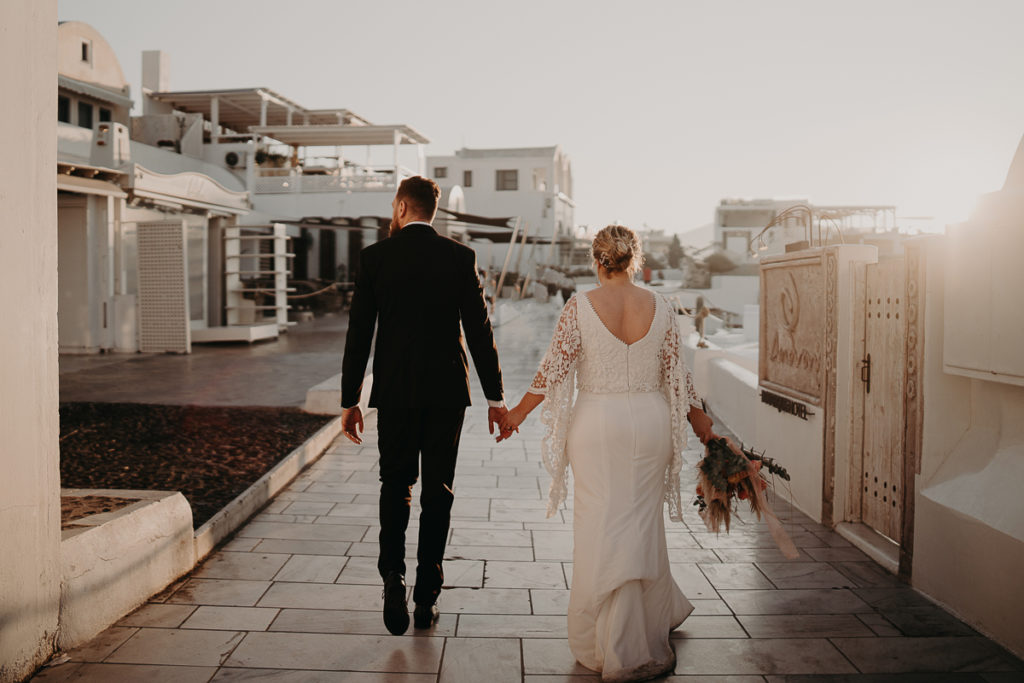 laurene and the wolf elopement santorin julia and evita 182 1024x683 - Santorini elopement : Katie + James