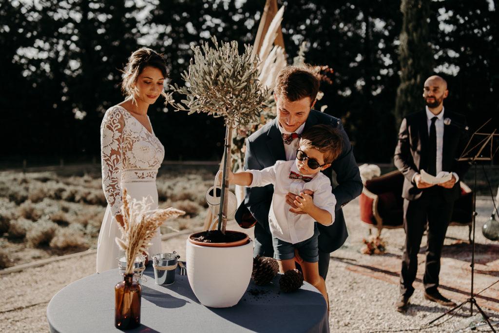 mariage mas arvieux provence photographe 119 1024x683 - Mariage provençal au Mas d'Arvieux